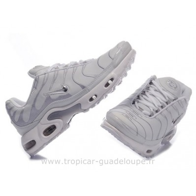 nike requin grise