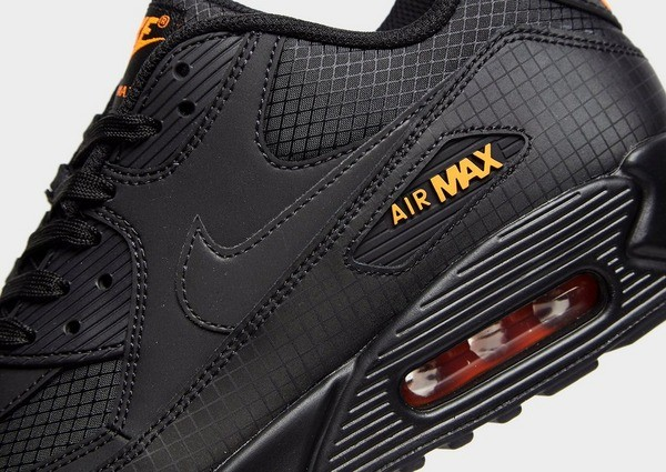 air max homme noir et orange