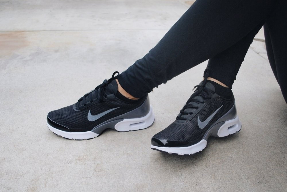 chaussure nike air max jewell