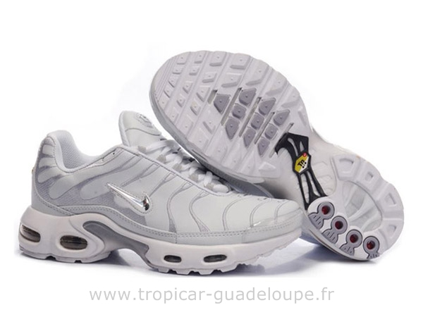 nike chaussure femmes requin